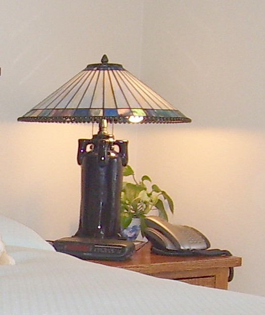 Spruce up your bedroom with lamps.